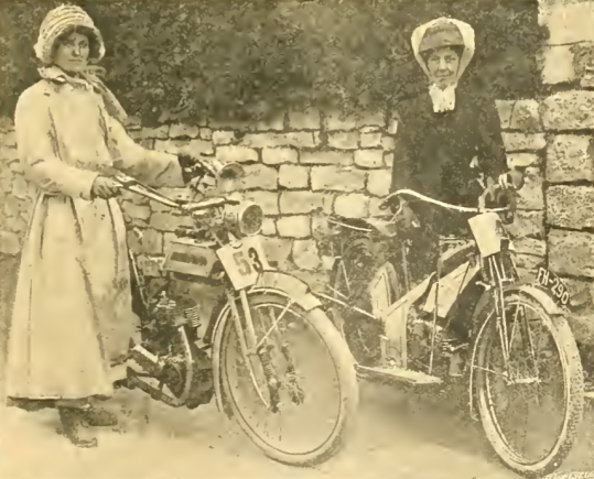 1911 TWO LADIES