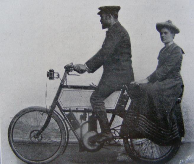 1903 sidepillion2