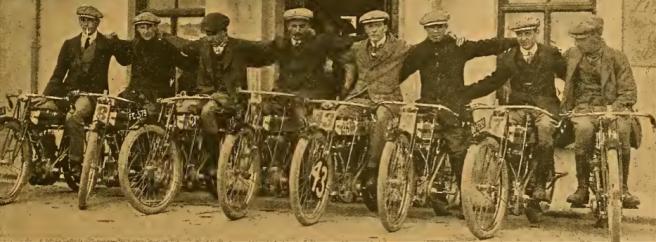 1910 TT TRIUMPH TEAM