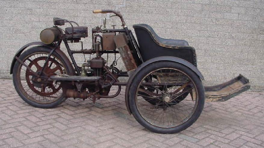 1904 GRIFFON FORECAR