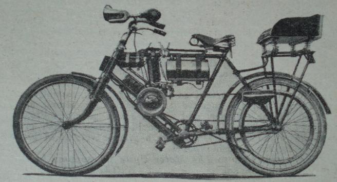 1905 PILLION