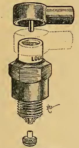 1913 LODGE PLUG CAP