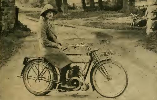 1913 TRIUMPH MS SCHULTE