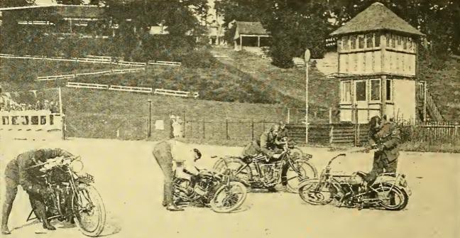 1915 KHAKI2 PLUGCHANGE
