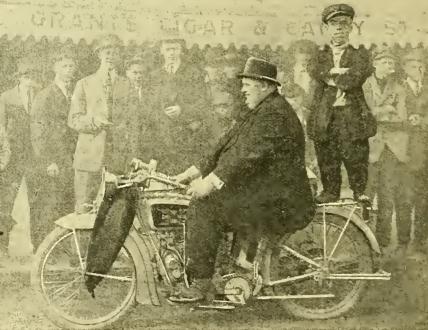 1915 LITTLE&LARGE