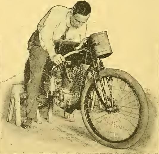 1915 V4 RACER