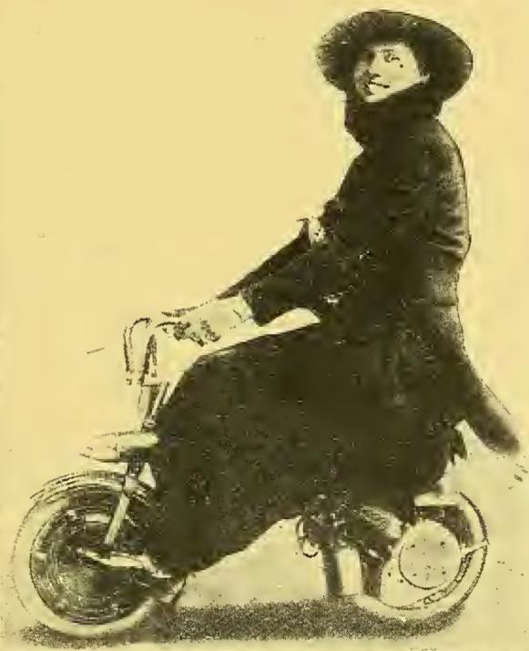 1918 MONAUTO