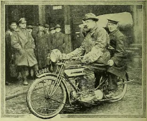 1919 SAILOR PILLION