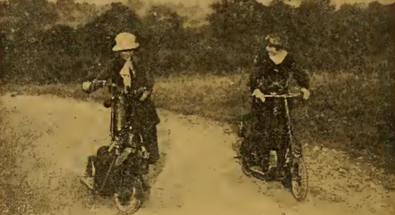 1919 SCOOTER BABES