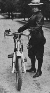 1909 CHICKPIC