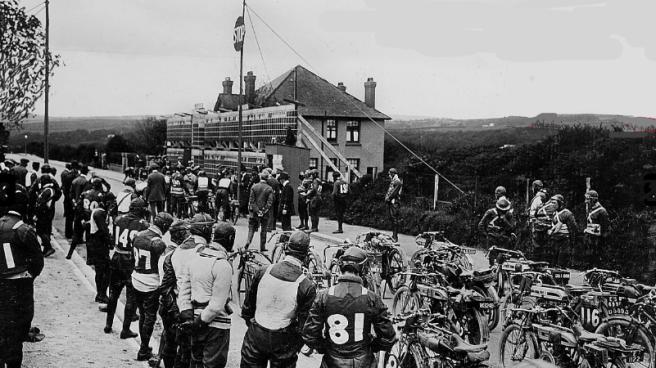 1913 TT QUARTERBRIDGE START