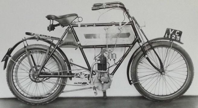 1904 TRIUMPH
