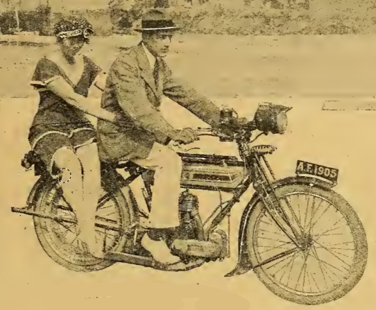 1919 PRETTY PILLION