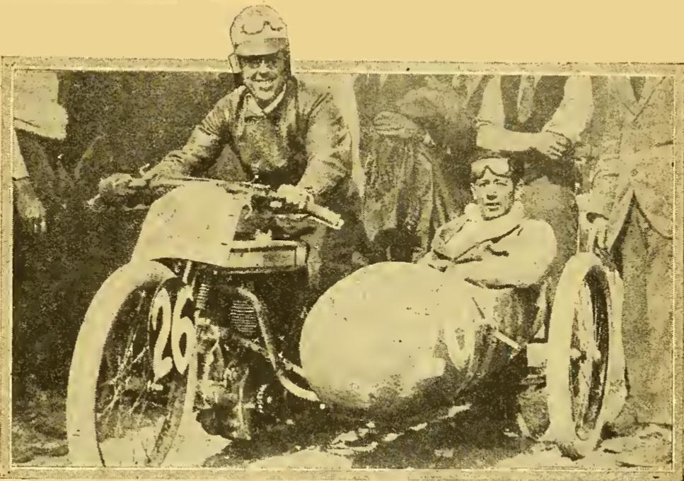 1922 200MILES SCARS TUCKER