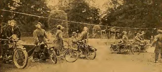 1922 BRISTOL BUNS