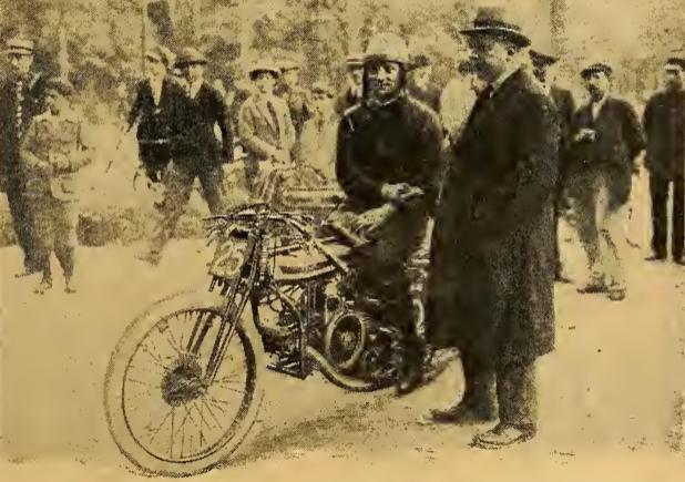 1922 PULLIN PARIS
