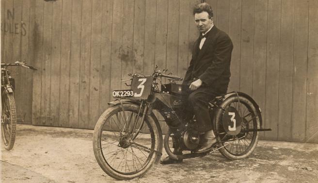 1922 TT SUN KUHN
