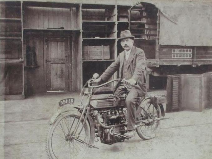 1900s 4POT