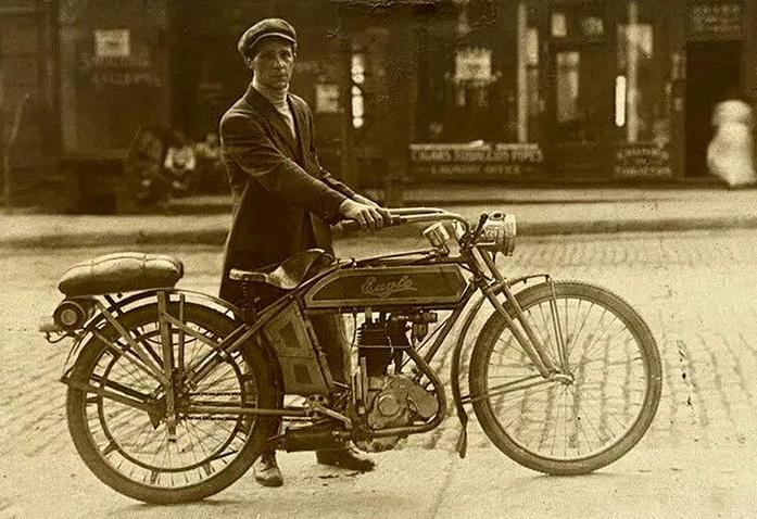 1900S EAGLE