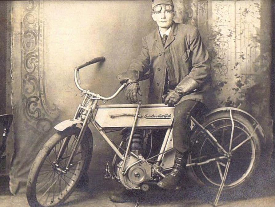 1900S GOGGLES