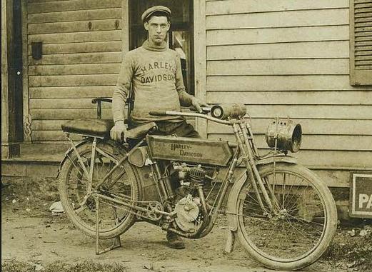 1900S US HARLEY 2