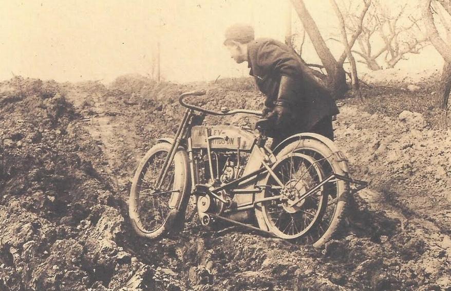 1900S US HARLEY 4