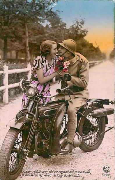 WW1 FRENCH KISS
