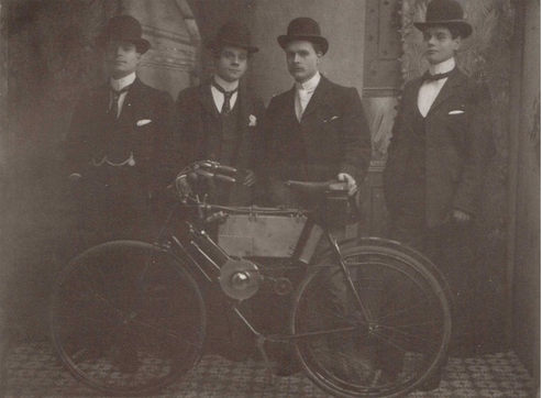1900 STEVENS