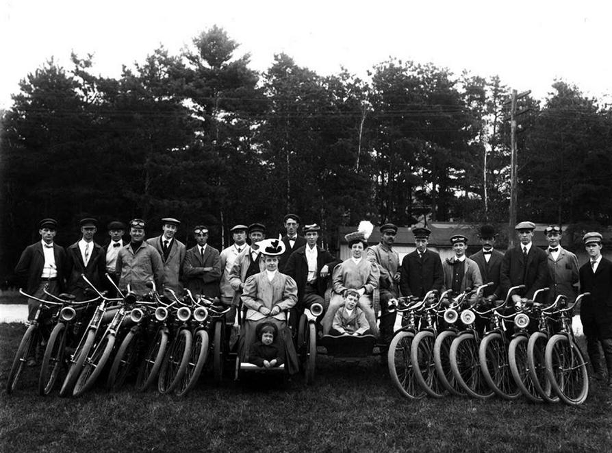 1900s BIG GROUP