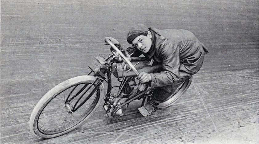 1900s PERNETTE