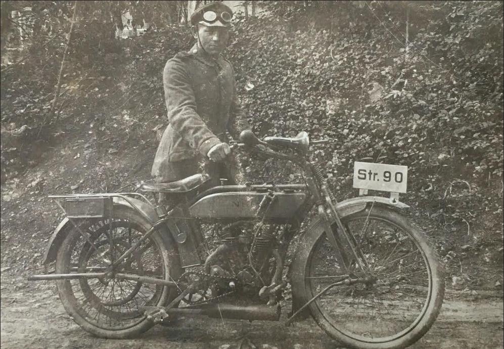 1916 GERRY DR