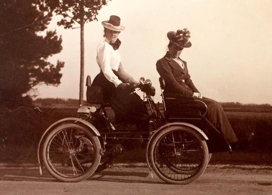 1900 HELENE PEUGEOT QUAD